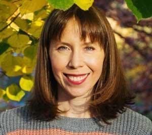 Sarah Stark Headshot